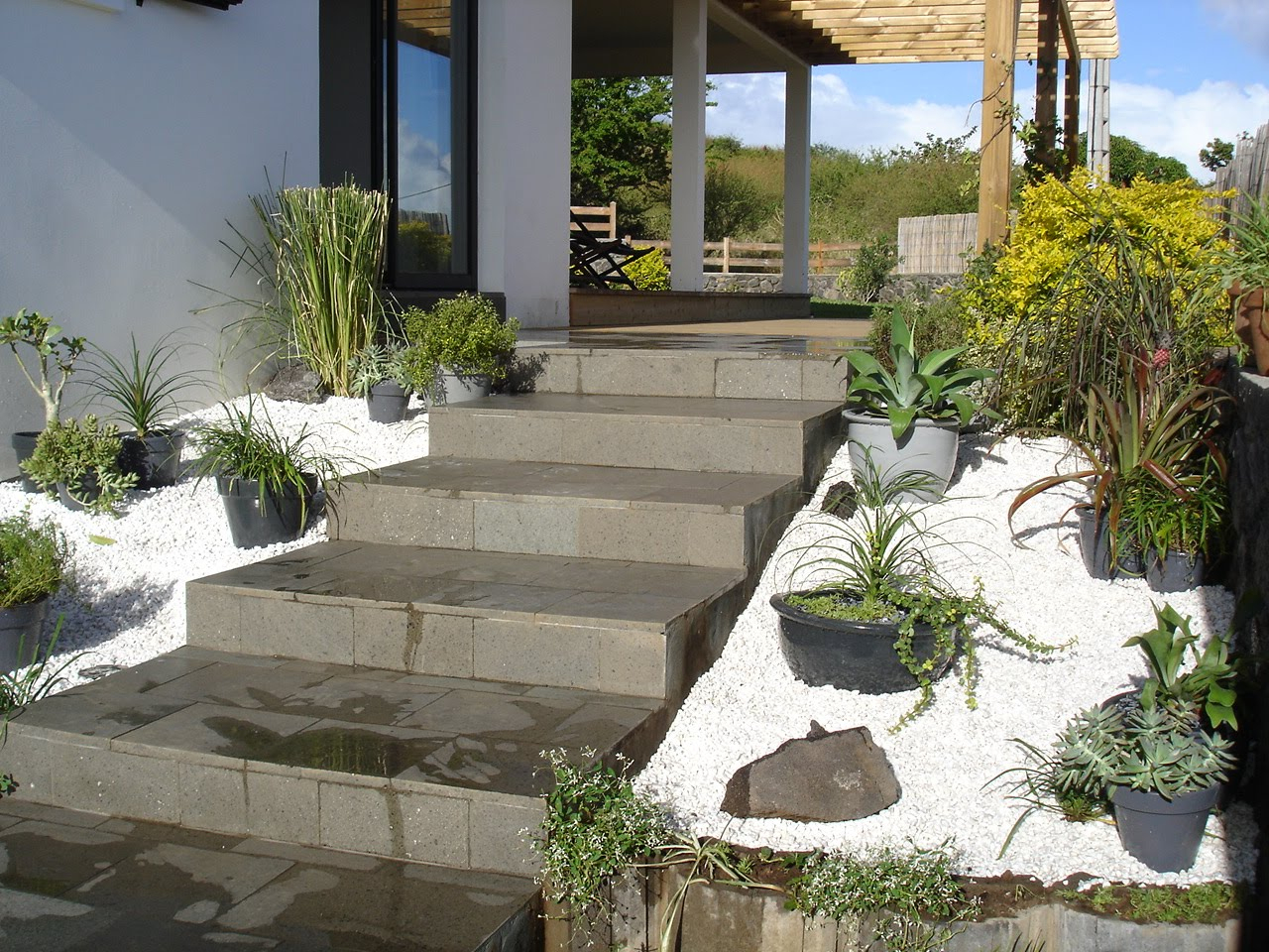 Plus adapté Ma Maison À La Réunion: L'Entrée destiné Jardin Devant Maison KK-09