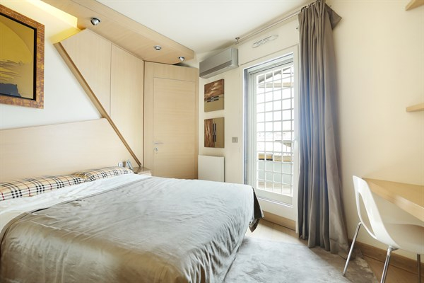 Magnifique Appartement Avec 2 Chambres Et Terrasse À Bercy à Location Appartement Luxe Paris Courte Durée