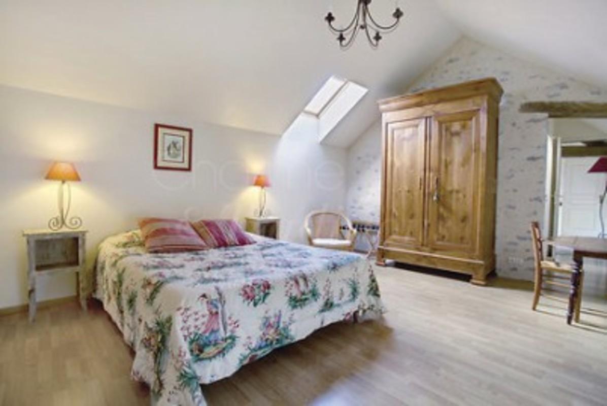 Maison D'Hôtes La Roche Goupille : Chambre D'Hote Fresnay avec Chambre D Hote Apremont Sur Allier