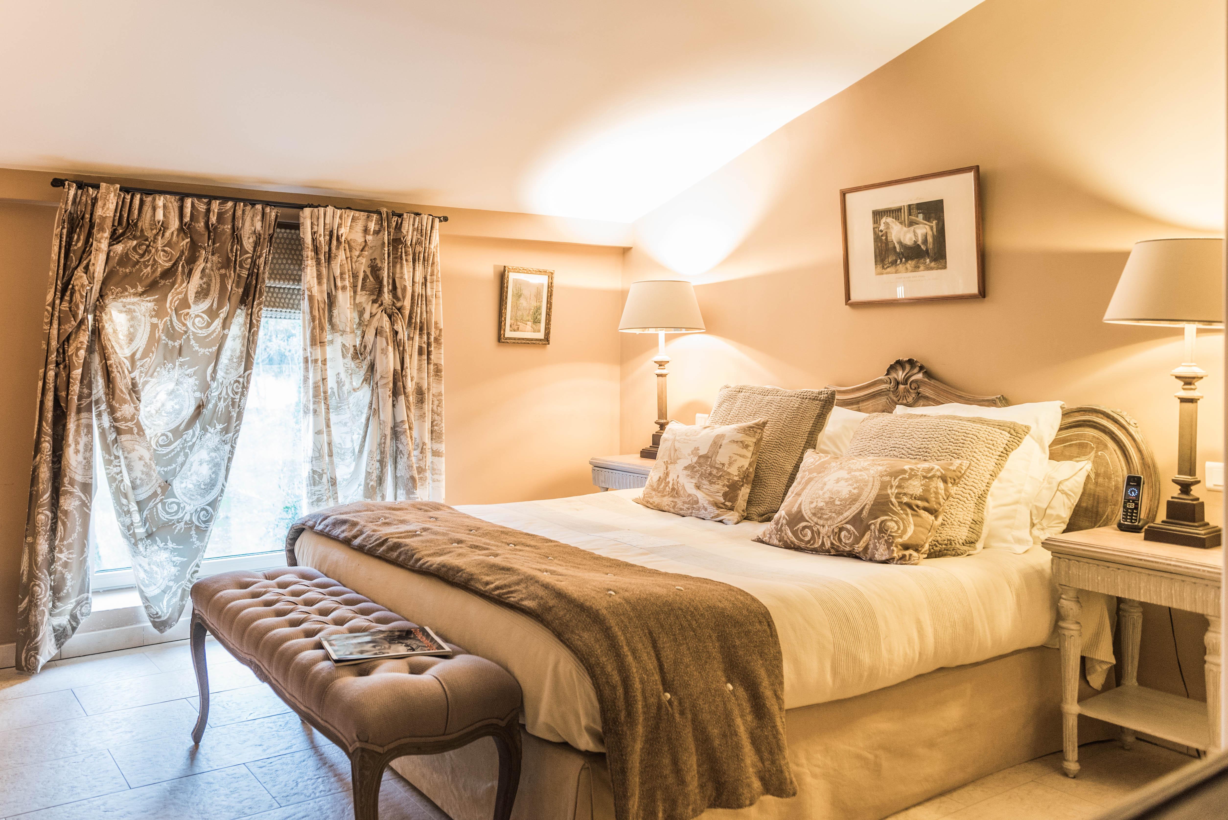 Maison Et Chambres D'Hôtes En Provence - Alleins, Bouches pour Chambre D Hote Porquerolles