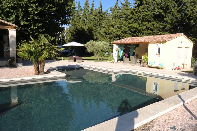 Mas Provencal Avec Piscine Et Pool House - Tripadvisor pour Idees Pool House Piscine