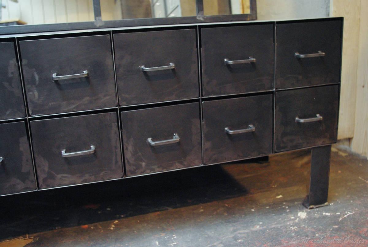 Meuble Metal Industriel – Table De Lit A Roulettes pour Meuble Industriel
