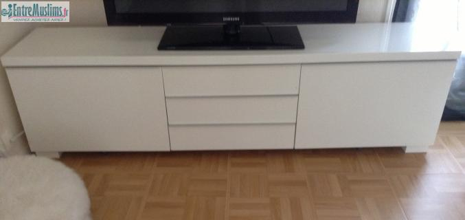 Meuble Tv Bas Blanc Laque Ikea destiné Meuble Télé Blanc Laqué