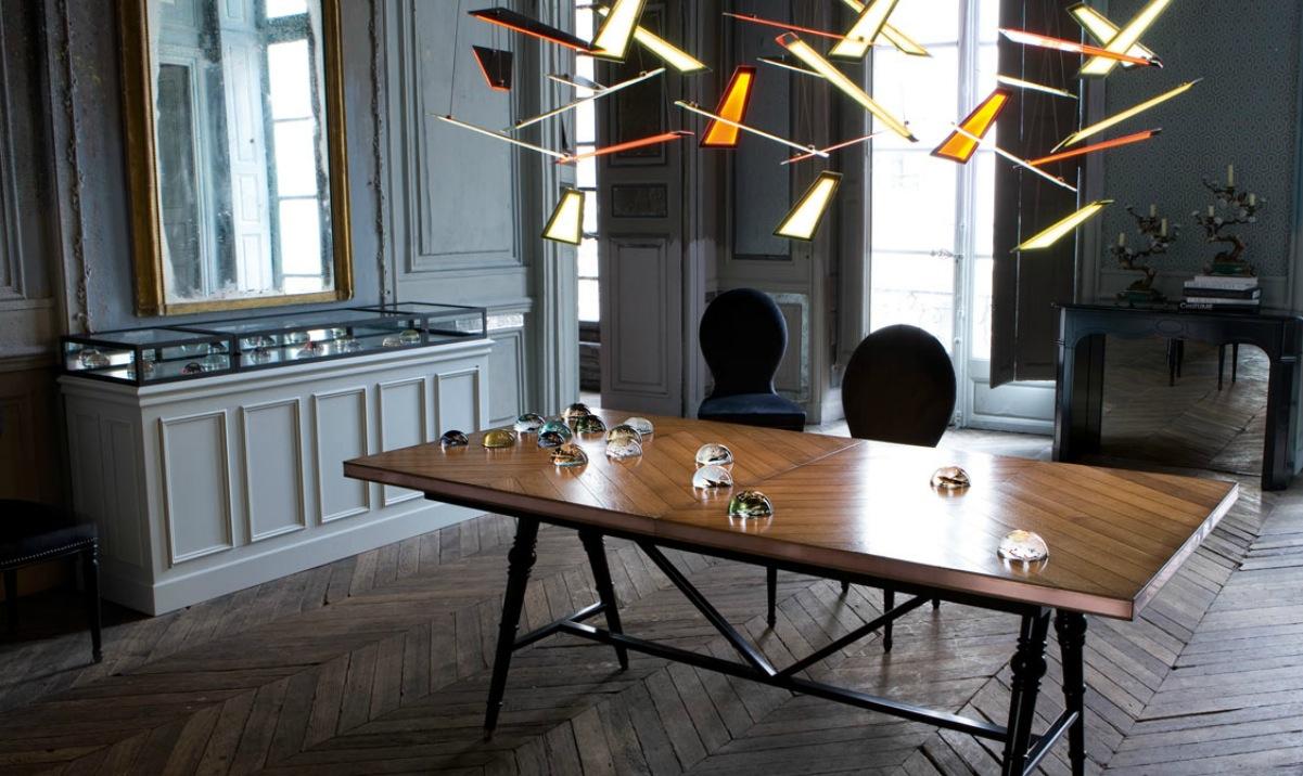 Meubles Roche Bobois : Trouvez L'inspiration - 20 Photos encequiconcerne Table Salle À Manger Roche Bobois