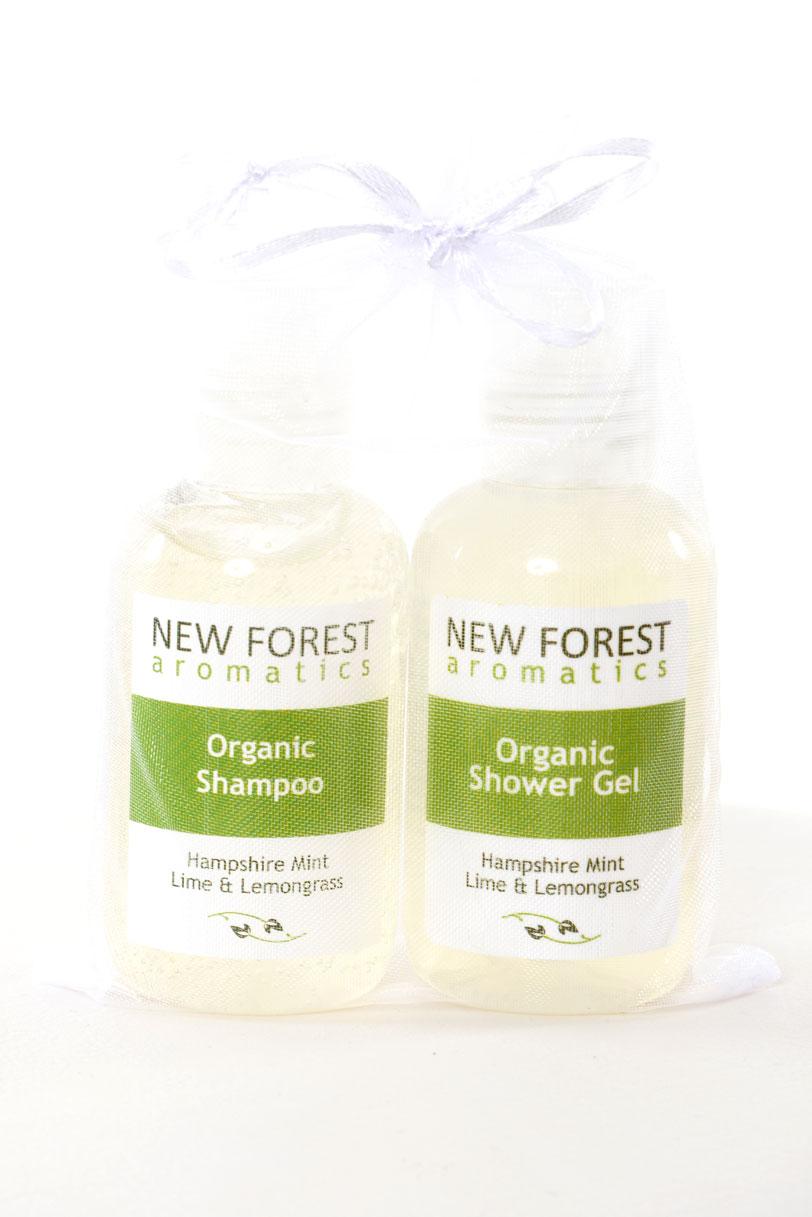 Mini Travel Set - Organic Shower Gel & Shampoo - New destiné Un Mini Gel Douche