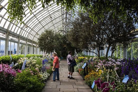 New York Botanical Garden Going Beyond The Botany - Wsj à Opbouw Tuinhuis Gardenas New York