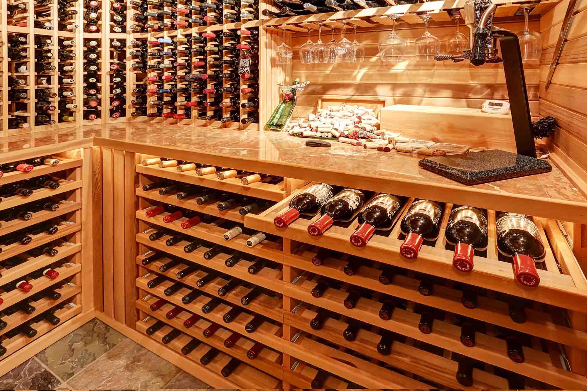 Nos Conseils Pour Débuter Une Cave À Vin pour Petit Climatiseur Pour Cave A Vin