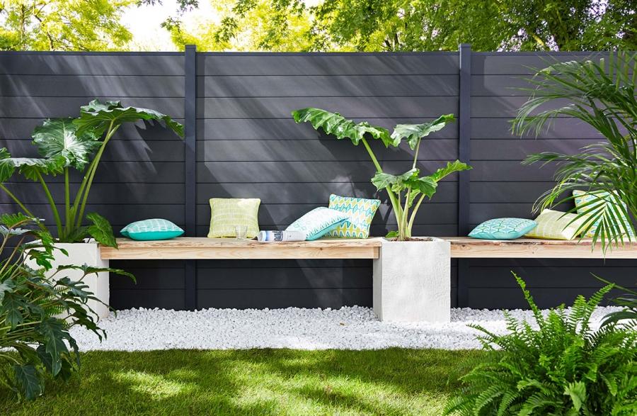 Optimiser La Clôture De Son Jardin En Pvc serapportantà Panneau Pvc Jardin