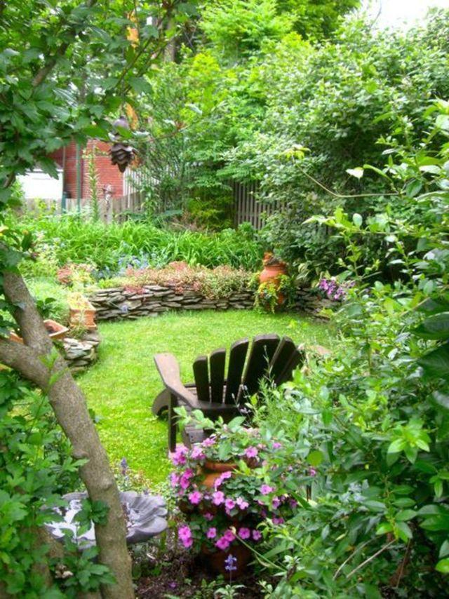 Petit Jardin : 8 Aménagements Repérés Sur Pinterest - Côté concernant Petit Cabanon De Jardin