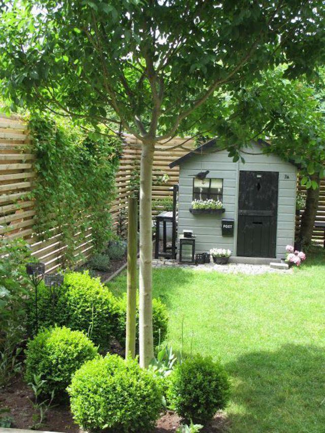 Petit Jardin : 8 Aménagements Repérés Sur Pinterest pour Petit Cabanon De Jardin