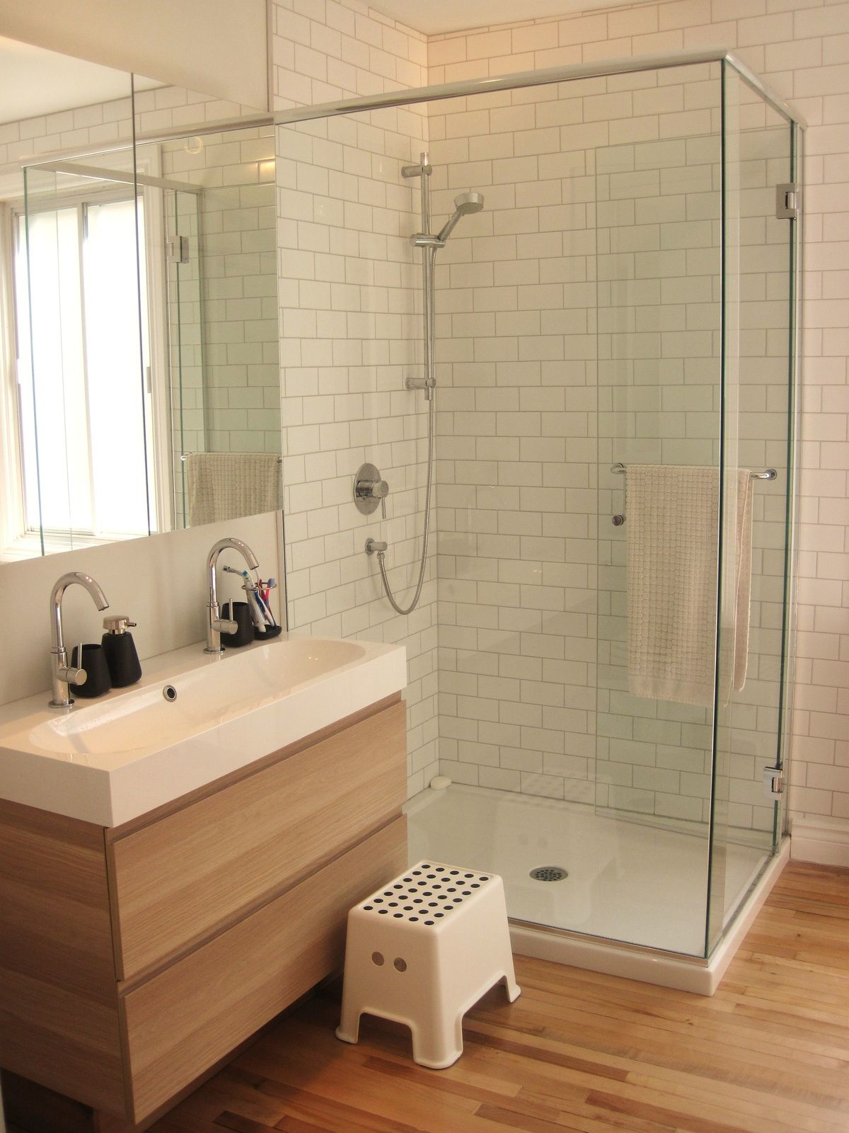 Pin De Kaka Chen En Interior_Bathroom | Cuartos De Baños dedans Ikeasalle De Bain