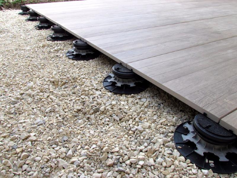 Plot Pour Dalles Autonivelant Réglable H 55-75 Mm   Dalles tout Plot Pvc Pour Terrasse Bois Brico Depot