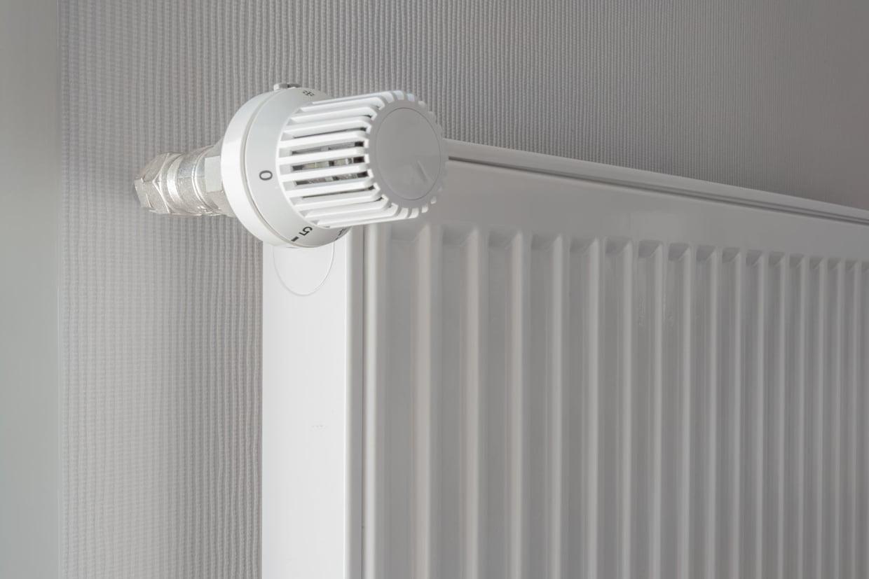 Poser Un Robinet Thermostatique Sur Un Radiateur Ancien tout Changer Robinet Thermostatique Sans Vidanger