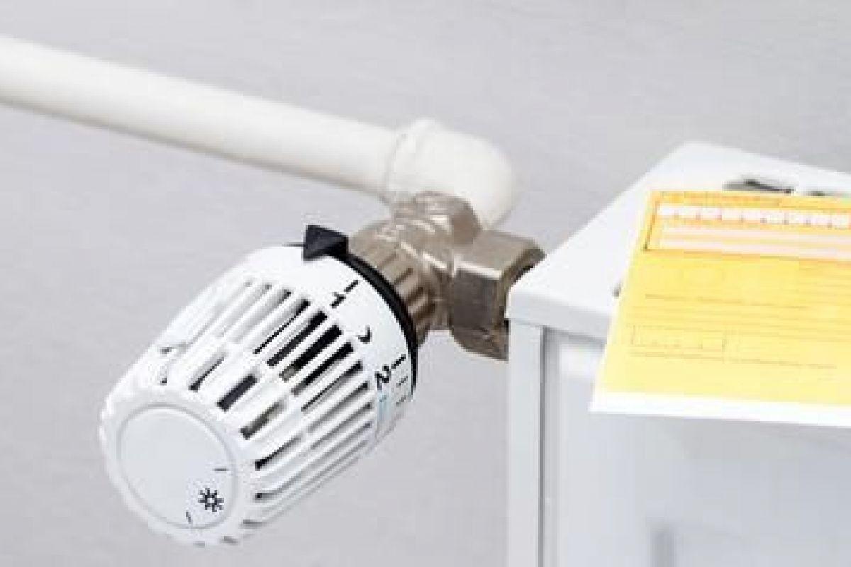 Robinet Thermostatique D'un Radiateur Bloqué : Que Faire ? serapportantà Changer Robinet Thermostatique Sans Vidanger