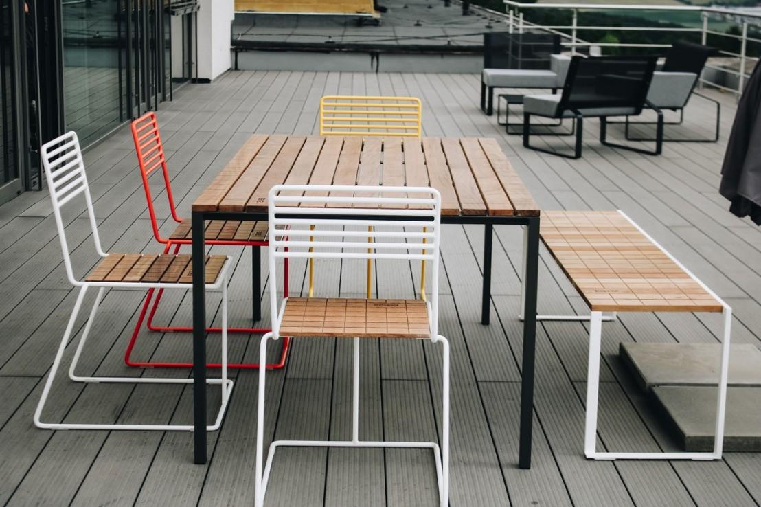 Salon De Jardin, Table Rectangulaire Cora, Banc Bistrot Et destiné Table De Jardin En Bois Avec Chaises
