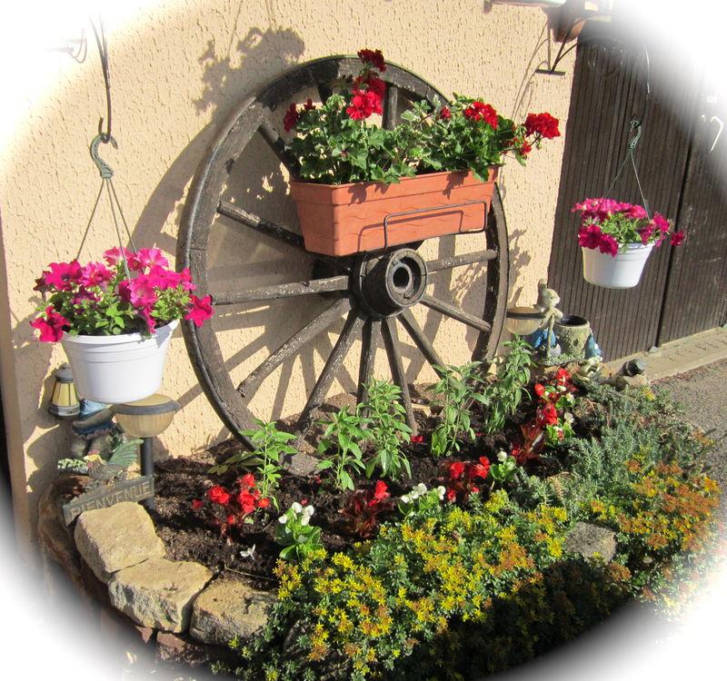 Samedi Fleuri Pour Vous.. - Claudette Et Ses Passions à Charrette De Jardin