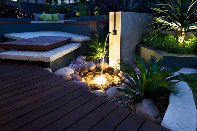 Spot Led Extérieur- 45 Idées Sur L'Éclairage De Jardin Moderne encequiconcerne Spot Terrasse Piscine
