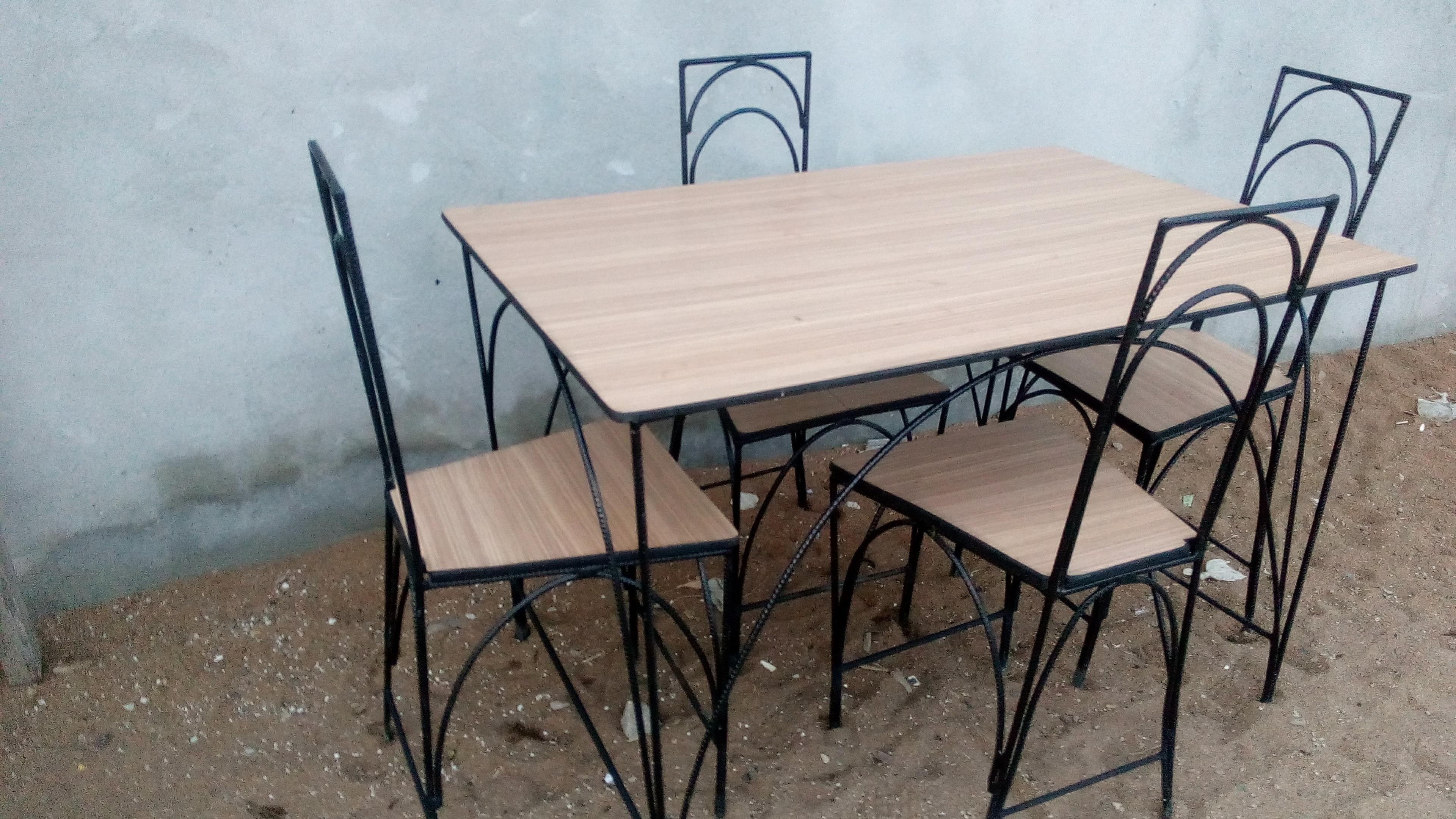 Table À Manger Fer Forgé Et Bois | Home Decor, Dining Table concernant Table Salle A Manger En Fer Forgé