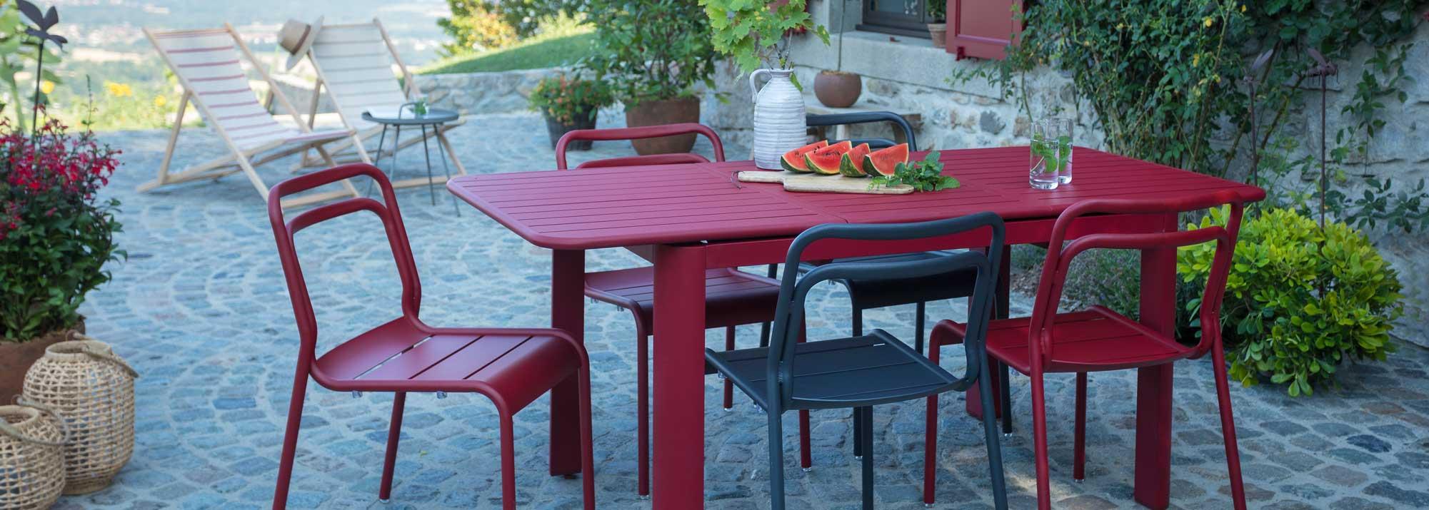 Table De Jardin : Botanic®, Tables De Jardin En Aluminium tout Table Jardin 4 Personnes