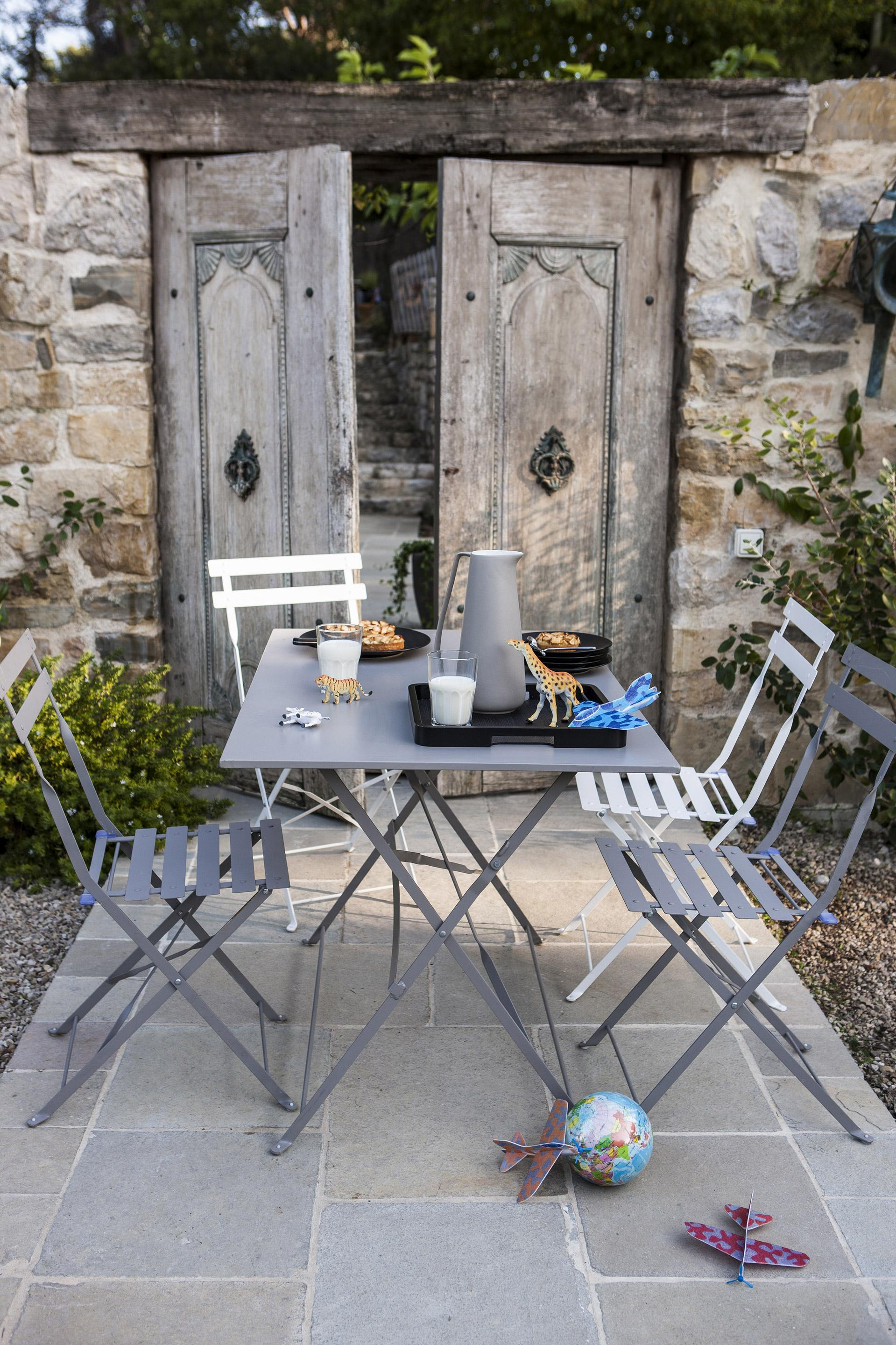 Table De Jardin De Repas Flore Rectangulaire Gris 4 destiné Table Jardin 4 Personnes