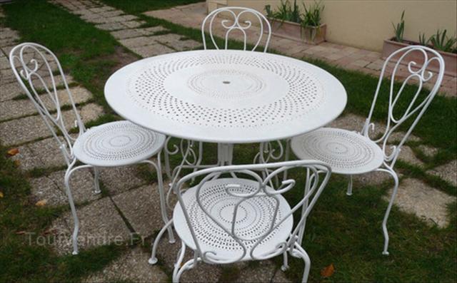 Table De Jardin En Fer Pas Cher - Mailleraye.fr Jardin dedans Table De Jardin Pas Chere
