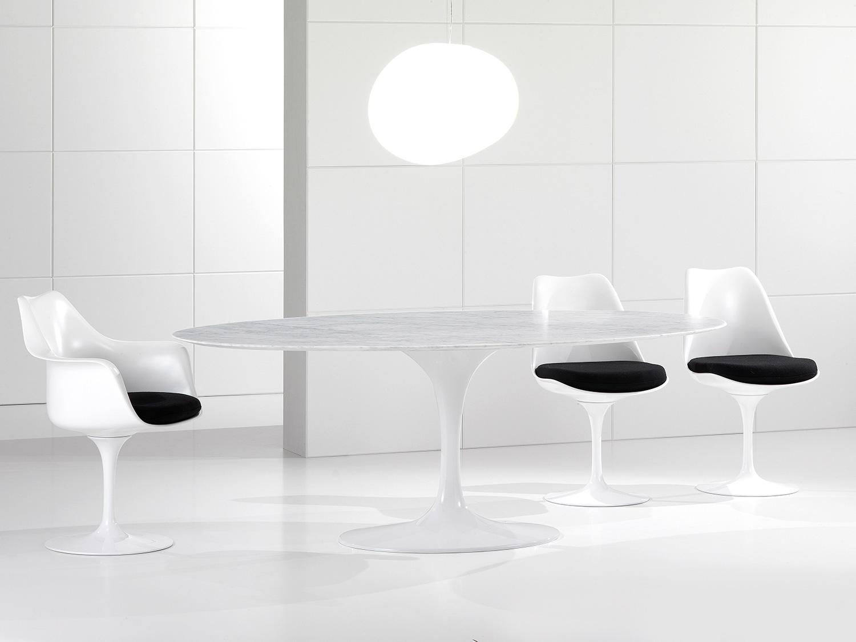 Table De Salle À Manger Ovale De Luxe, Plateau En Marbre De Carrare,  Fabriqué En Italie - Nerone concernant Table Salle A Manger En Marbre