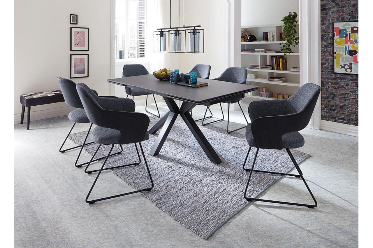 Table Design En Céramique Et Piétement Métal Noir Design serapportantà Table Salle A Manger Plateau Ceramique