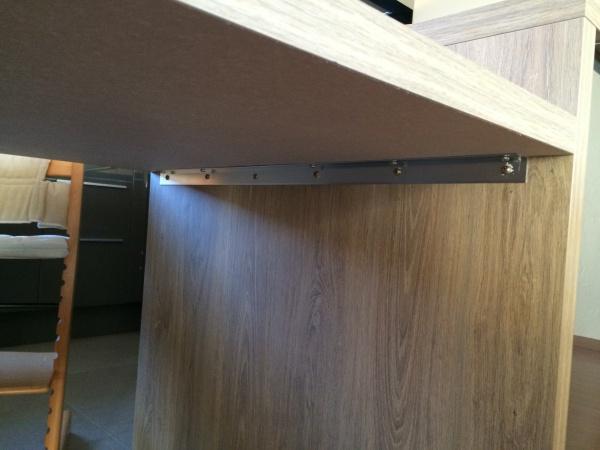 Table-Plan De Travail Fixée Au Mur - Livraison-Clenbuterol.fr intérieur Comment Fixer Un Plan De Travail Sans Meuble