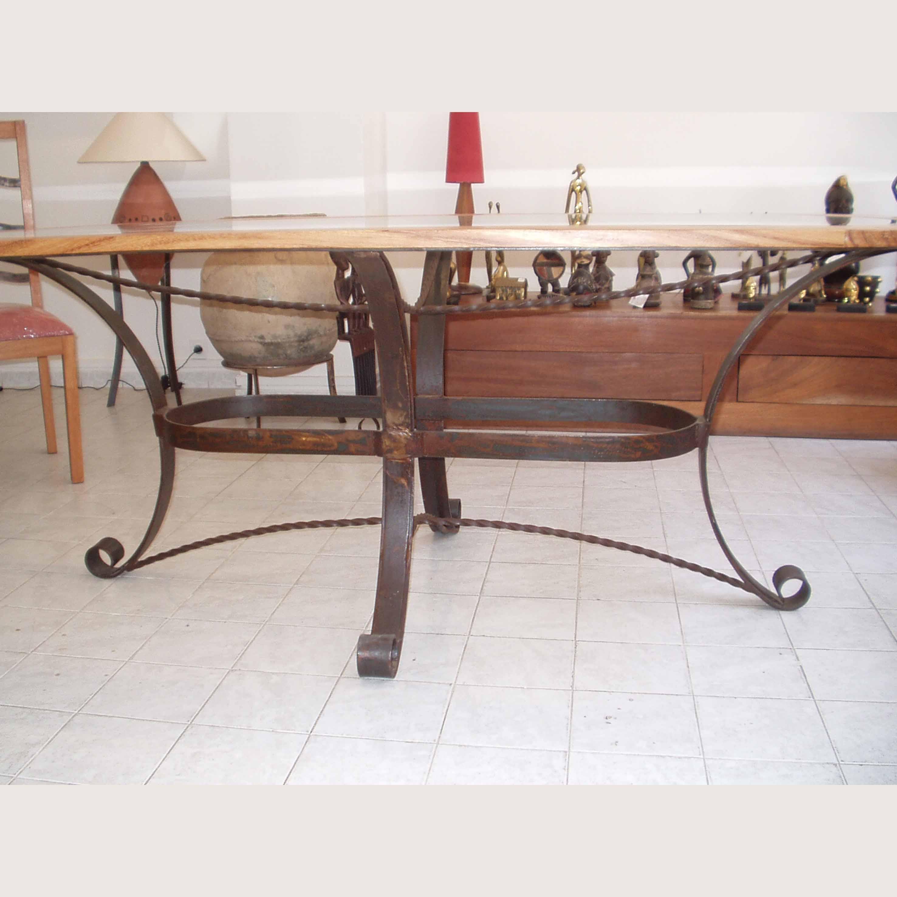 Table Salle À Manger Et Chaises – Galerie Arte avec Table Salle A Manger En Fer Forgé