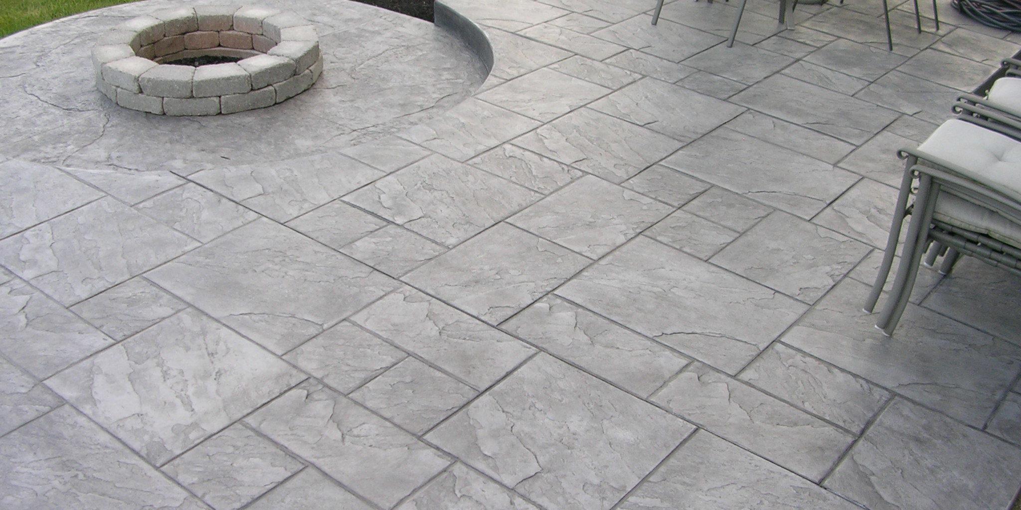 Terrasse Beton Imprimé Ou Carrelage - Mailleraye.fr Jardin tout Beton Imprimé Au Jardin