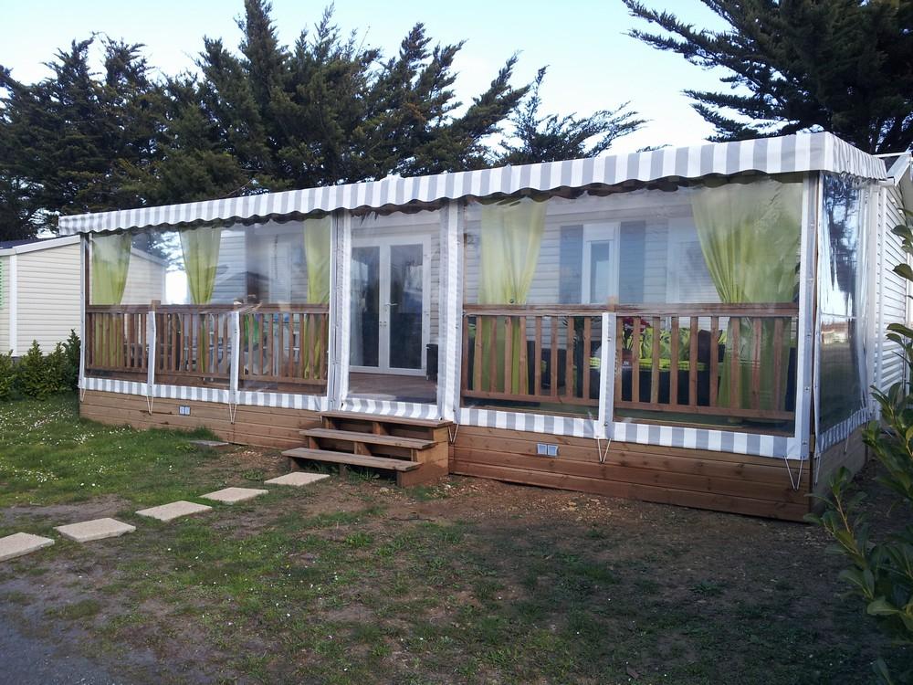 Terrasse En Bois Couverte Pour Mobil Home - Modèle Bâche encequiconcerne Terrasse Couverte Bois