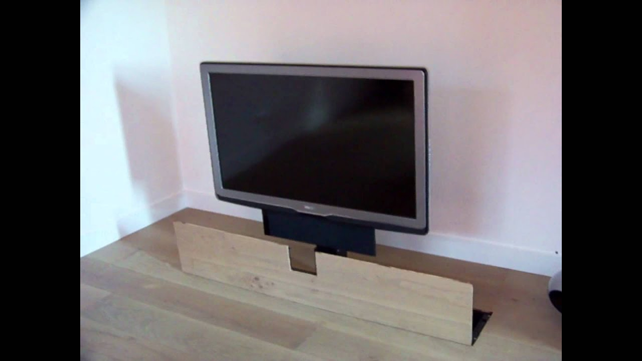 Tv Lifting System Integrated In Floor With Swivel Option concernant Tv But
