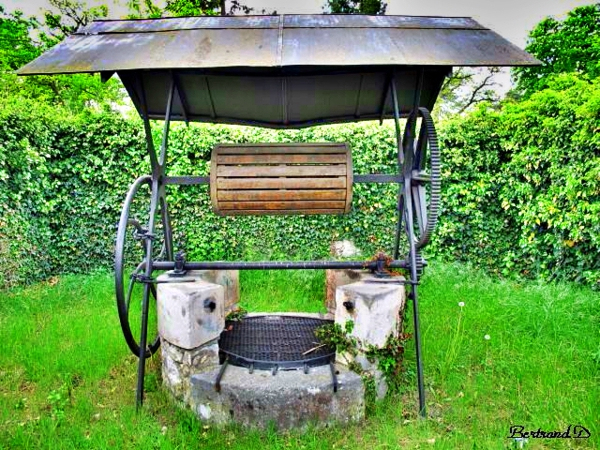 Un Puits Dans Mon Jardin : La Solution Économique avec Puit Decoratif Jardin