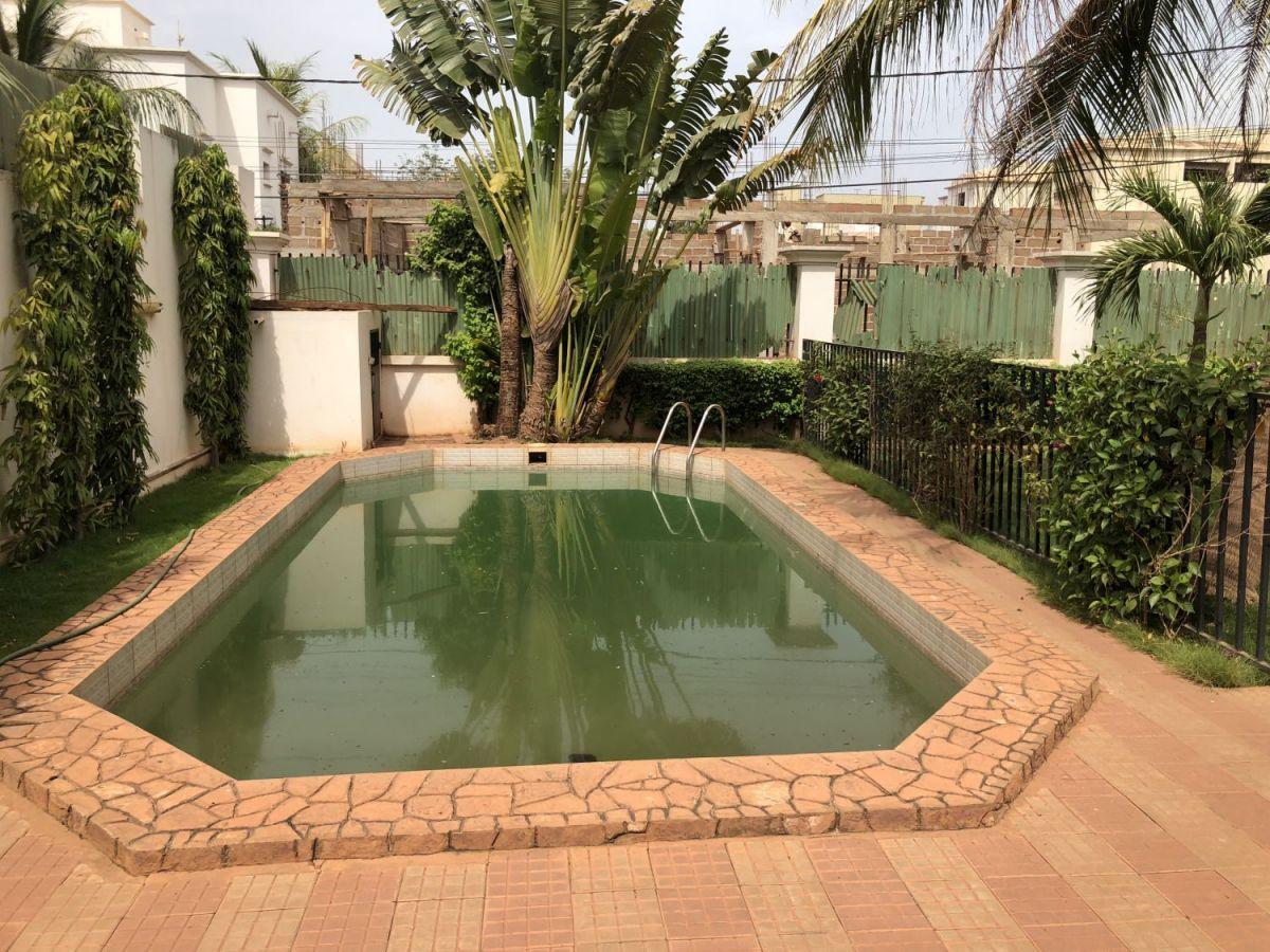 Villa Duplex Avec Piscine Et Jardin A Louer A Aci 2000 serapportantà Louer Une Chambre Chez Soi