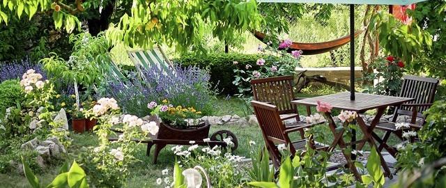 Aménager Un Petit Jardin En Ville - Franfinance avec Un Jardin En Ville