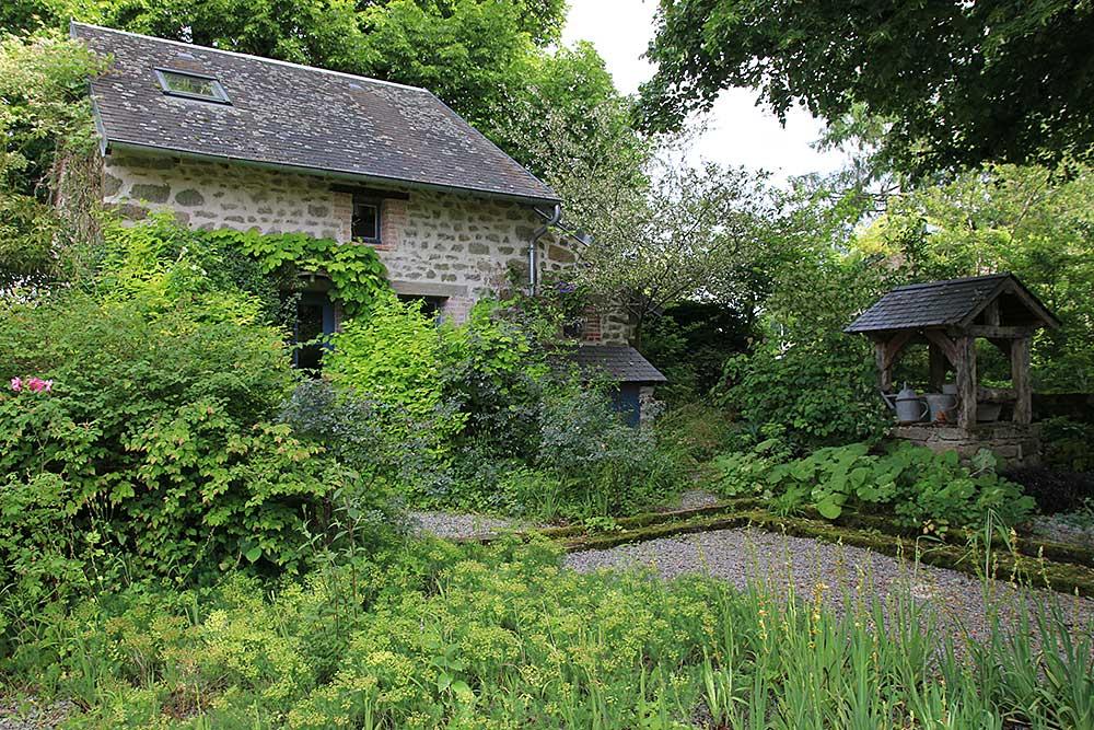 Jardins En Marche - Arrosoirs Et Sécateurs avec Arrosoirs Et Sécateurs