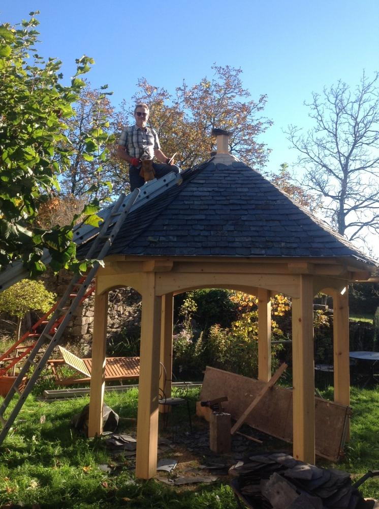 Le Charme D'Un Kiosque De Jardin - Bois Sur Bois pour Kiosque De Jardin
