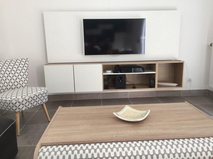 Meuble Tv Suspendu Avec Panneau Mdf Peint En Blanc Caisson serapportantà Meuble Suspendu Salon