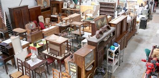 Recuperation Meuble Emmaus Table De Lit A Roulettes Interieur Emmaus Donner Meuble Agencecormierdelauniere Com Agencecormierdelauniere Com
