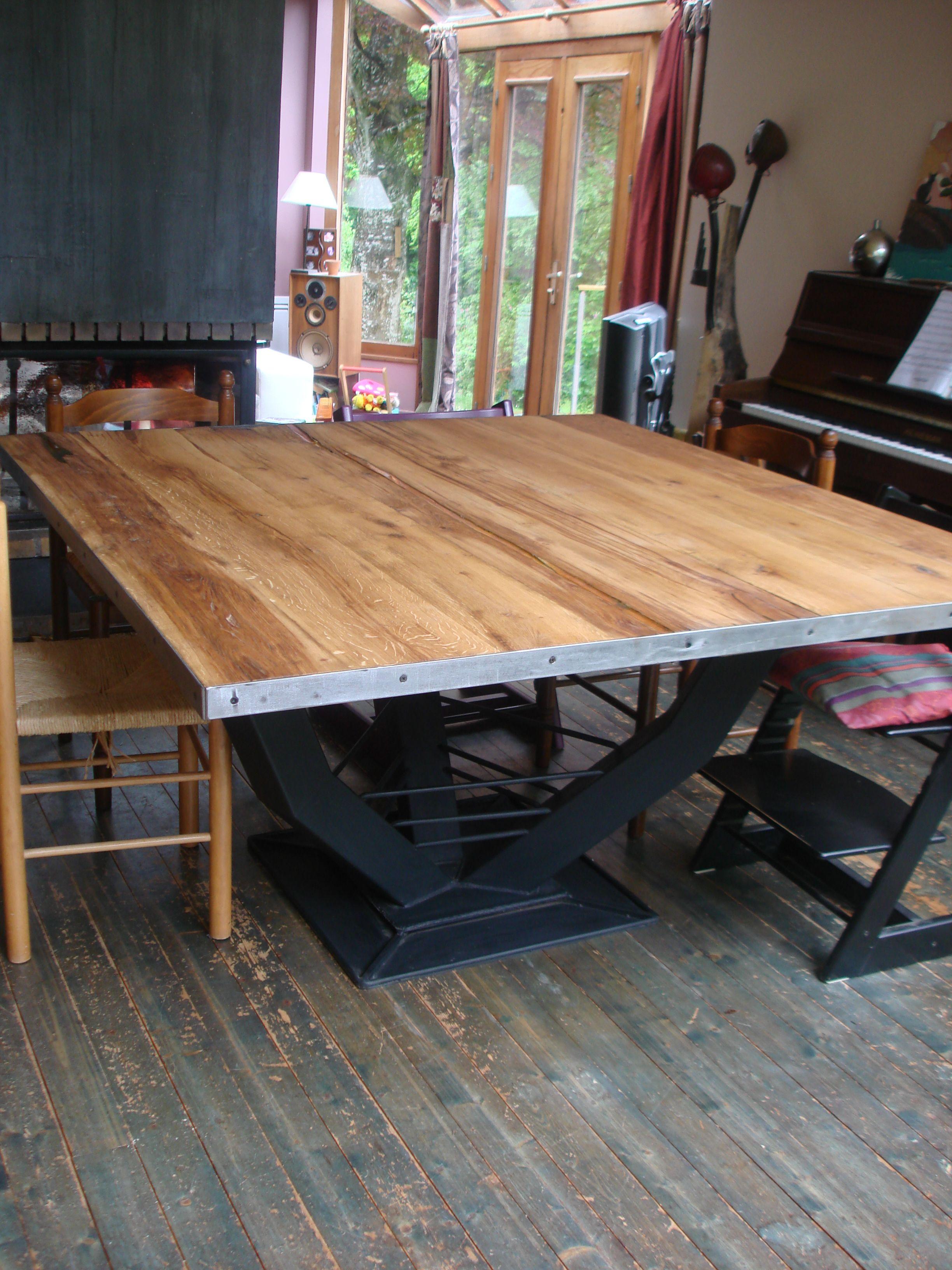 Table Design Plateau Carrée En Chêne Et Résine Ambre, Pied concernant Table Bois Resine