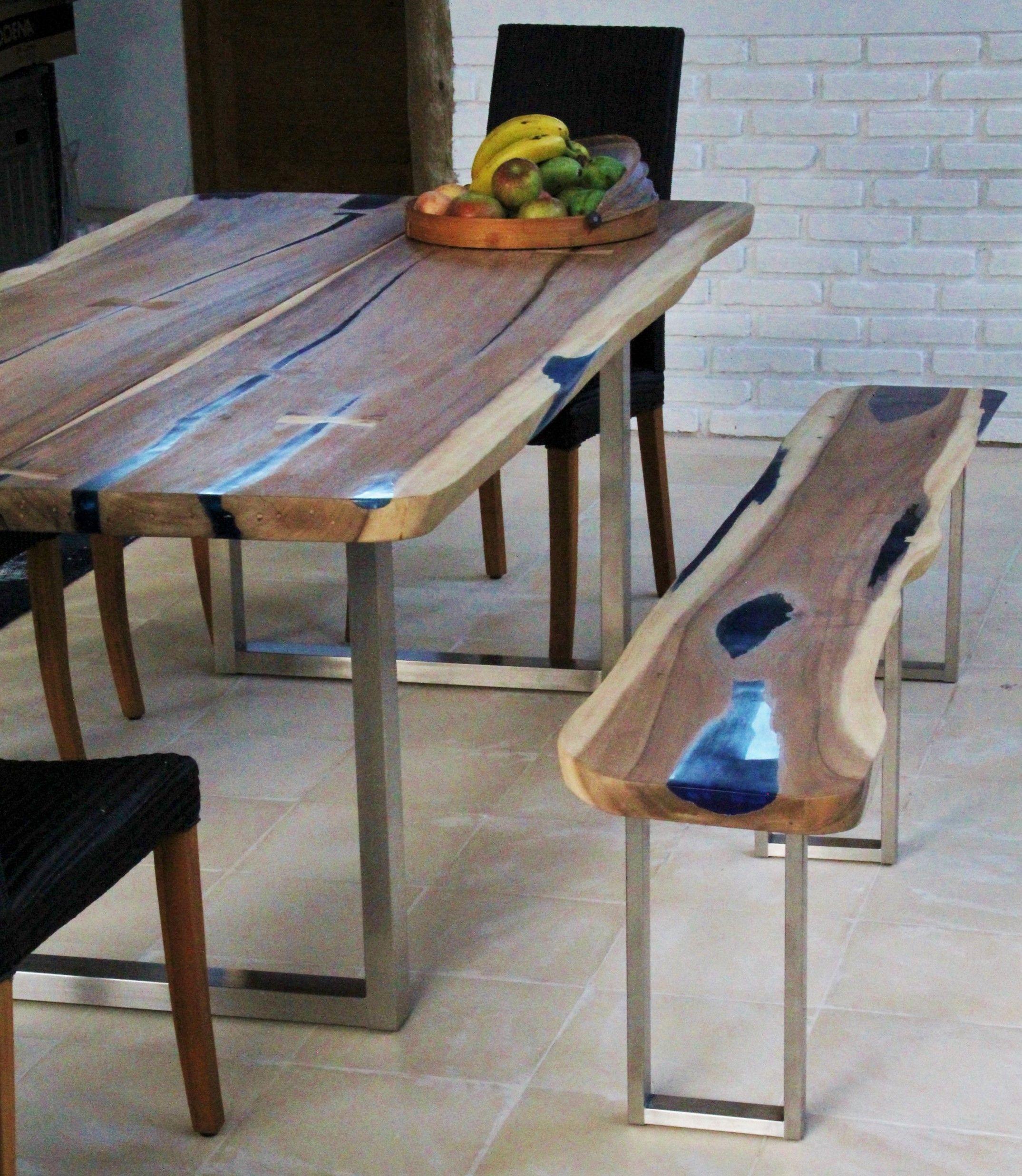 Table Salle A Manger Bois Massif Et Résine #Repas #Bois # destiné Table Bois Resine