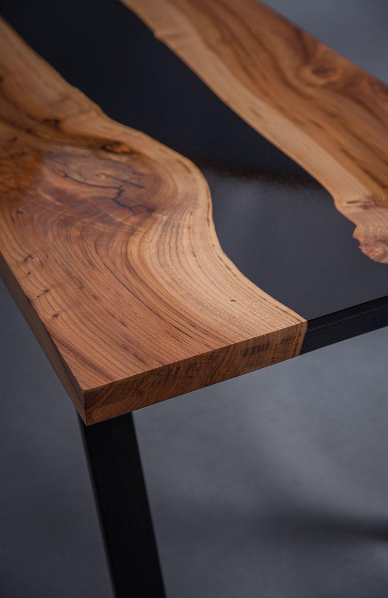 Vous Pouvez Admirer Ici Une Table Avec Un Mélange De Bois à Table Bois Resine