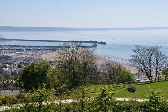 Vue Sur La Plage Du Havre - Picture Of Les Jardins à Jardin Suspendu Le Havre