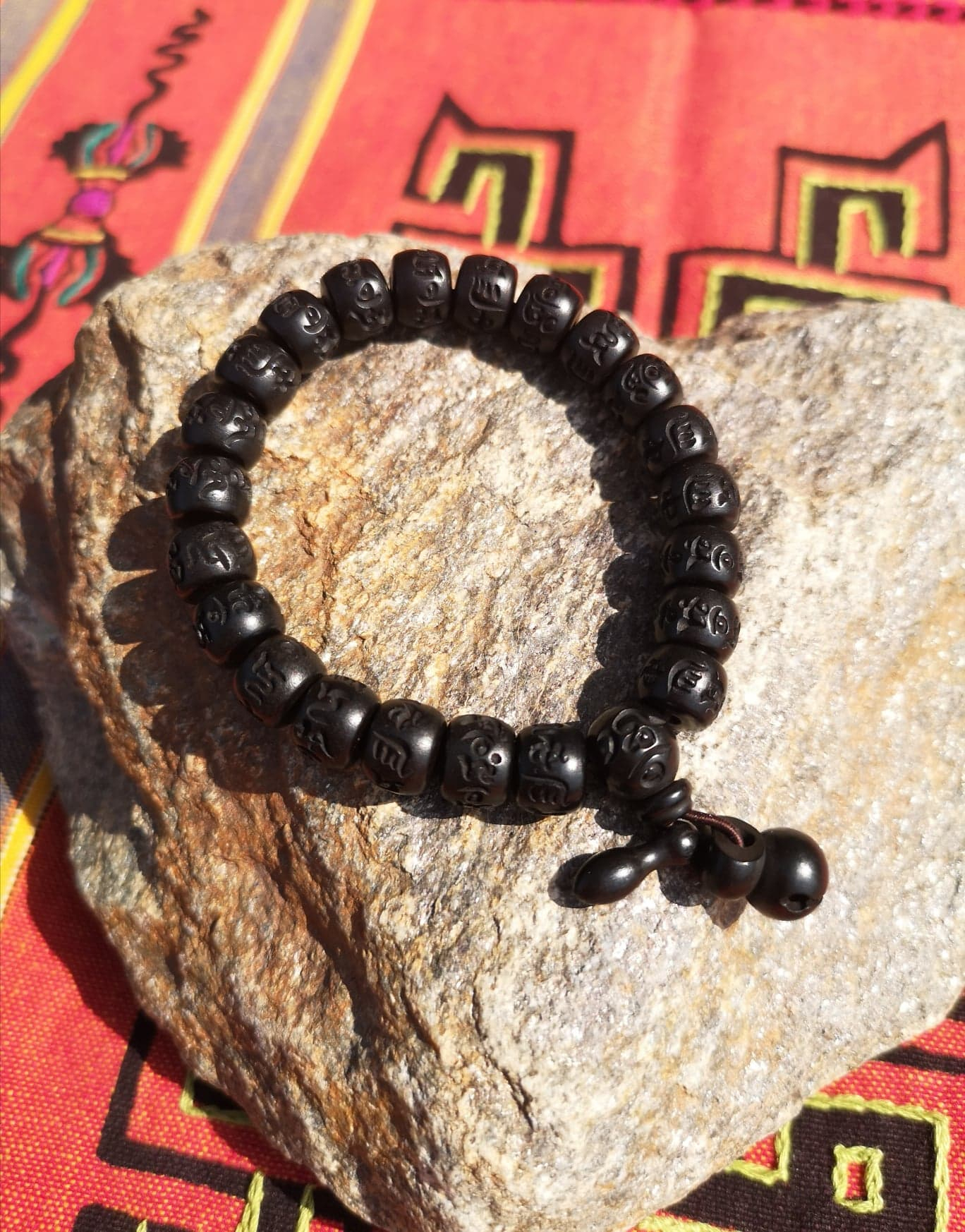 Bracelet Bois Mantra Tibétain - Inspiration De Vie pour Bracelet Chemin De Vie Avis