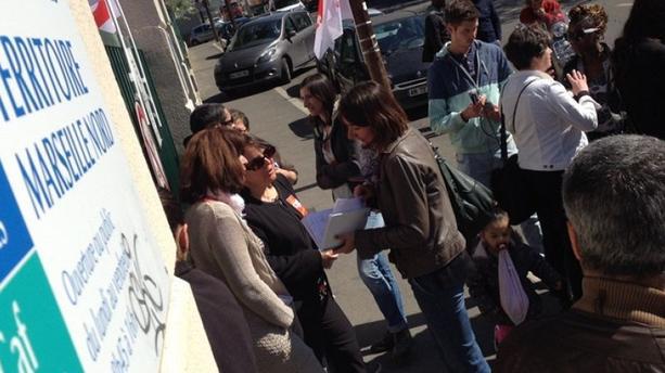 Caf Des Bouches-Du-Rhône : La Colère Des Allocataires | Lci à Caf Chemin De Gibbes Marseille