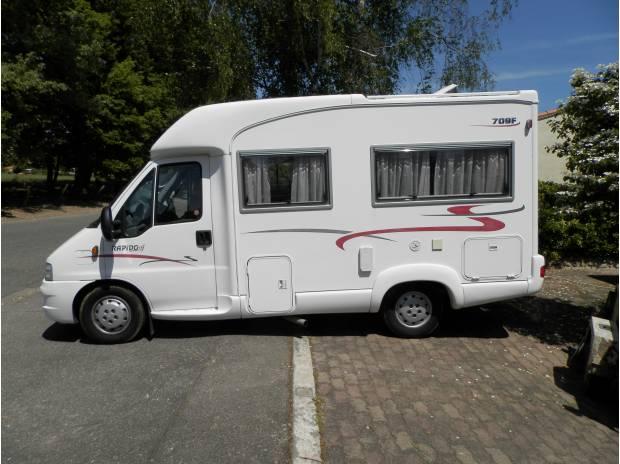 Camping Car Profilé Compact Rapido 709 Fiat Ducato intérieur Rideau Isotherme Camping Car Fiat Ducato