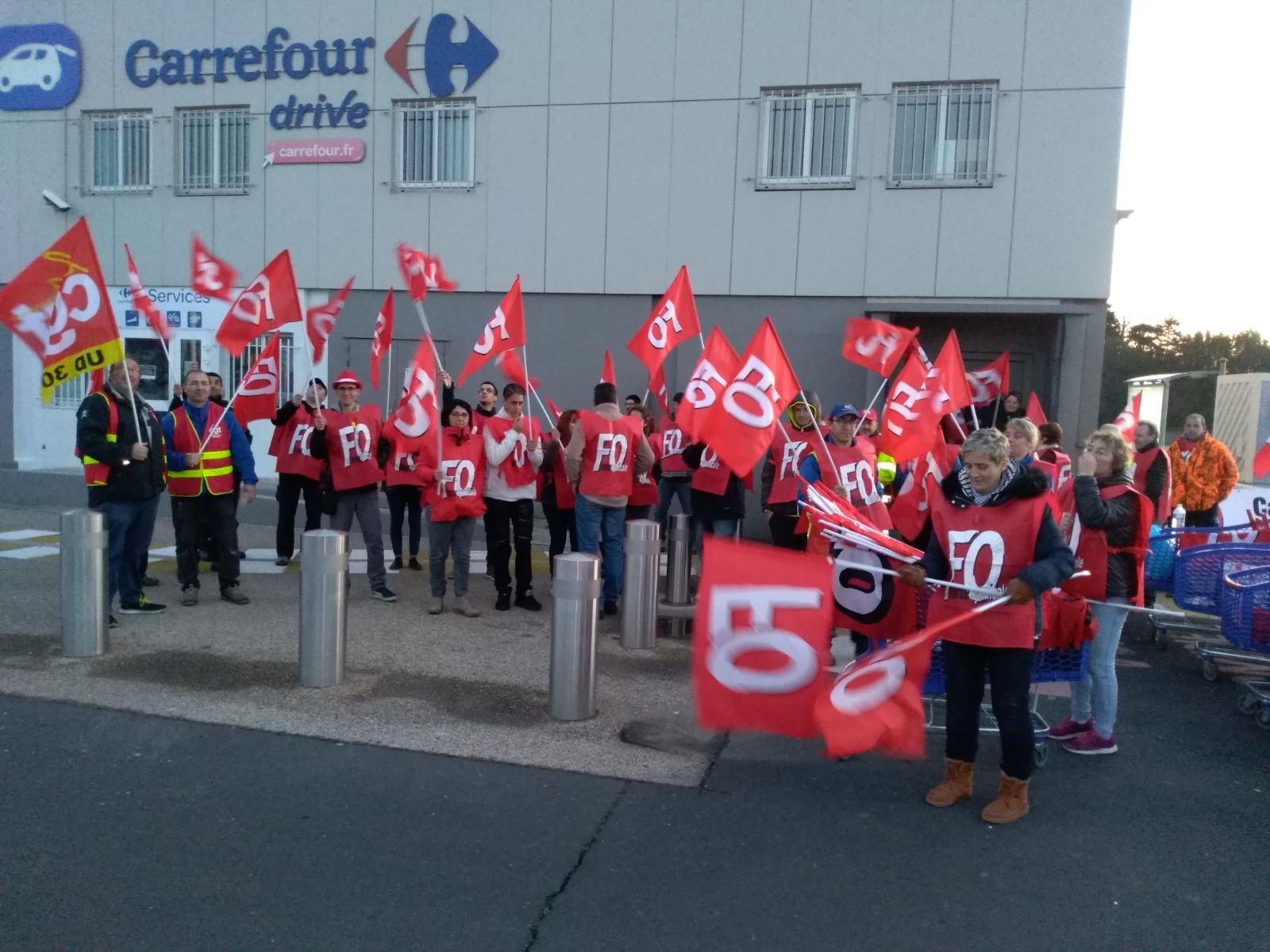 Carrefour Vaulx En Velin Overture. dedans Carrefour 7 Chemins