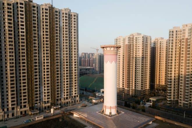 Chine : Une Cheminée À Air Pur Tente De Nettoyer L'Atmosphère dedans Aspire Fumée Cheminée