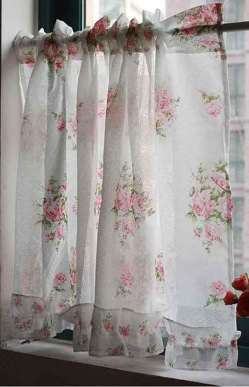 Delicate And Pretty! Shabby Chic Romantic Cottage | Shabby concernant Rideaux Shabby Chic