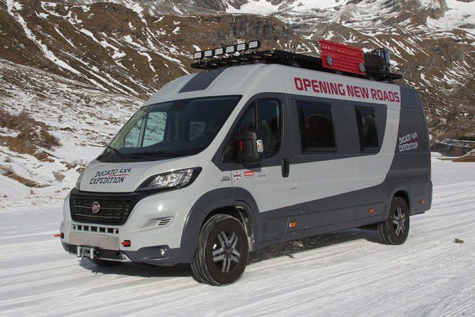 En Vidéo : Le Fiat Ducato 4X4 Expedition - Nos Actus concernant Rideau Isotherme Camping Car Fiat Ducato